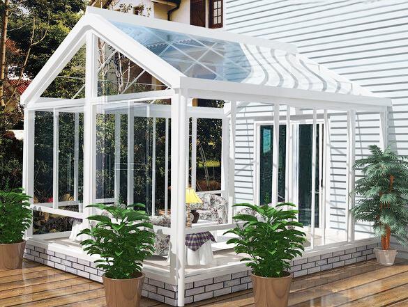 阳光房装修选择什么样的地板才能融入现代风格?
